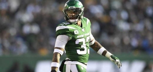 Jamal Adams in a New York Jets uniform