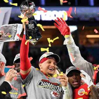 Patrick Mahomes wins Super Bowl 55